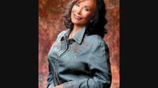Watch Loretta Lynn Peace In The Valley video