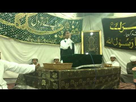 Na Puchiye Ke Kiya Hussain Hai Manqabat By Farooq Al Yamani video