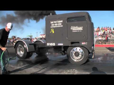 The NHRDA Desert Nationals Burn Out Contest