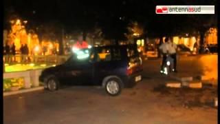 video TGSRVott21_brindisi_auto_travolge_panchina.mp4.