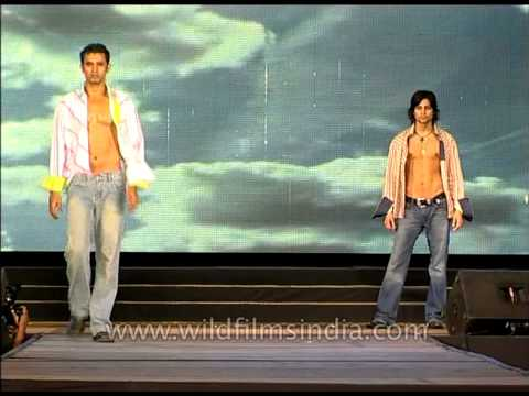 Six Packs Model Indian Male Models Flaunt Six