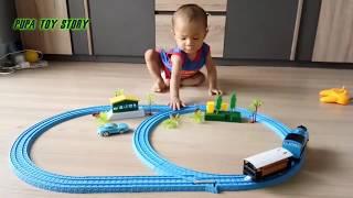 Train For Kids : Toy Story Train Toy Videos Thomas and Friends น้องภูผาเล่นรถไฟของเล่นครั้งแรก