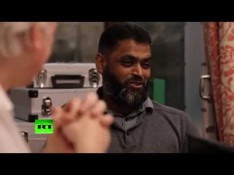 Julian Assange asks Moazzam Begg and Asim Qureishi about Caliphate