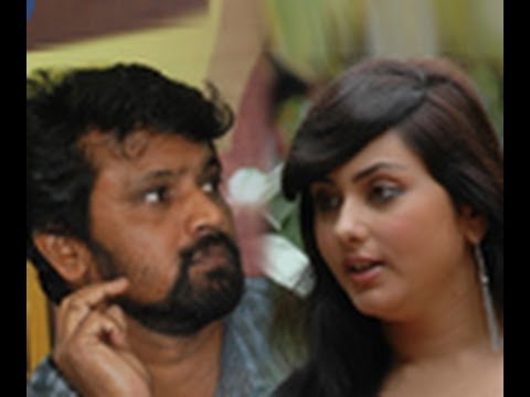 Namitha replies to Cheran