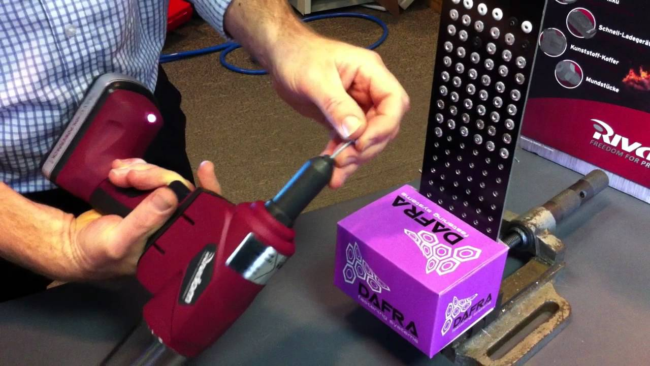 Rivdom Cordless Rivet Gun Installing 3 16 Aluminum Rivets