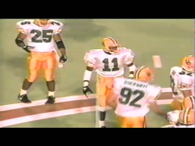 Oregon CB Muhammad Oliver breaks up a flanker screen vs. Utah 9-21-1991