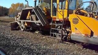 Extreme Railway track maintenance machines       Ballast regulator  Ballast tamper