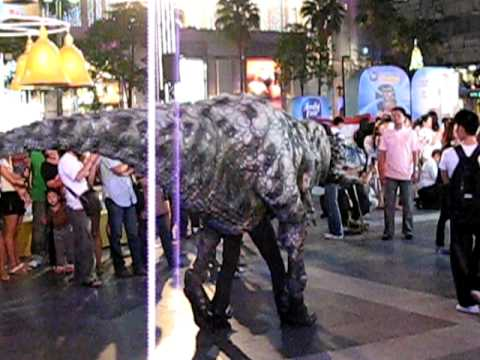 Dinosaur at Bangkok Central World (2)