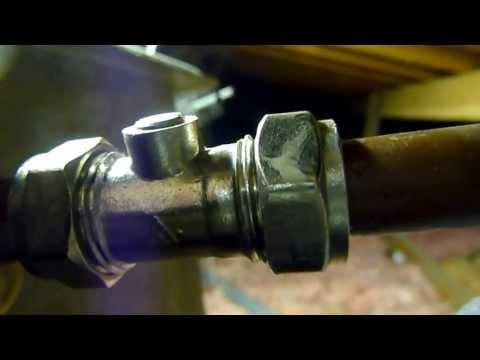 How to fit a ballafix stopvalve.Isolating valve