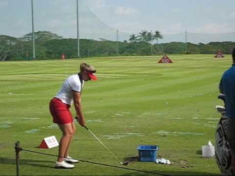 Angela Stanford at the range before her round at the HSBC Women's Champions 2010 Video