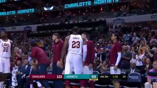 LeBron James gets standing ovation in Charlotte, Michael Jordan hates it?
