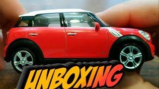 Unboxing of Mini Cooper Countryman Diecast Model car / Auspacken des Modellautos
