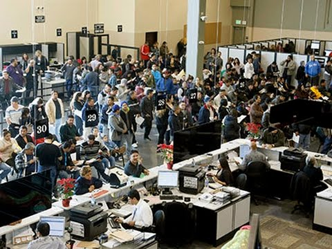 Immigrants Seek California Driver Licenses