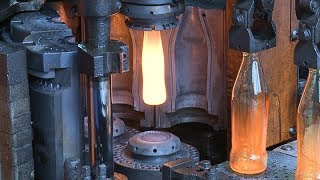 Manufacturing process of a glass bottle || Machines and Industry