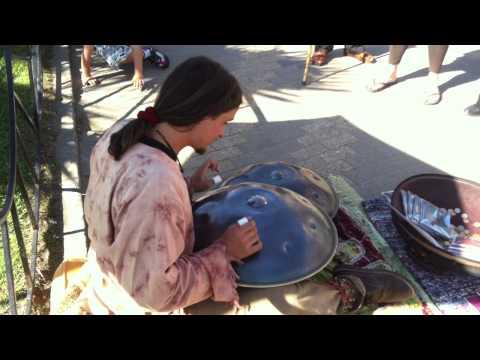 عزف رهيب على الة موسيقية غريبة في تشيلي Music Videos