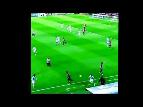 Diego Simeone throws a ball field to stop the country-attack / Atletico Madrid-Malaga 1-0