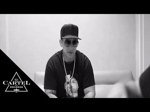 download lagu Daddy Yankee Sorprende A Sus Fanáticos En La Taquilla Del Choliseo gratis
