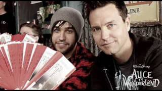 Mark Hoppus - In Transit Feat. Pete Wentz