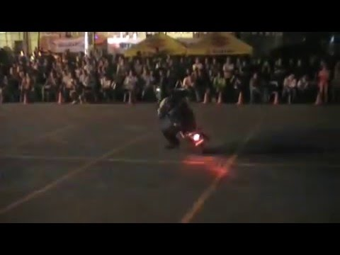 Suzuki Raider Breed Stunt Video