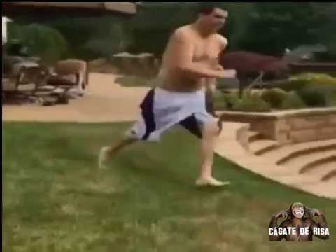 Caída en la piscina fail