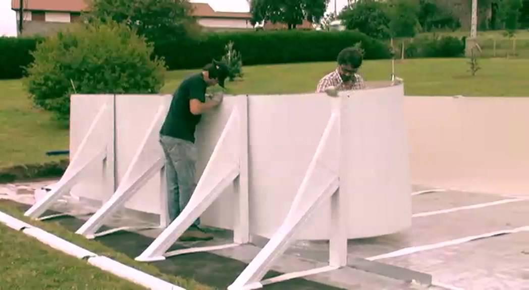 Montaje piscina ovalada de postes laterales gre youtube for Piscinas gre barcelona