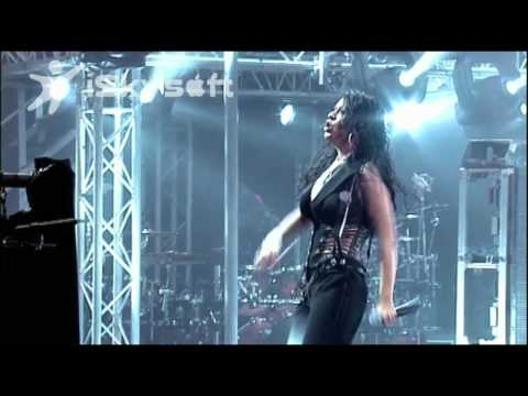 Christina Aguilera - Fighter - Live in London (HD)