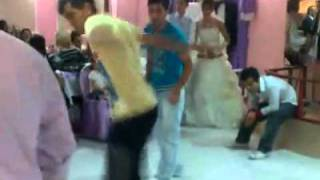 Turkish Best dance ( Best Kolbasti ) Try to dance with them :))