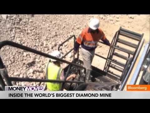 Inside the World's Biggest Super-Pit Diamond Mine
