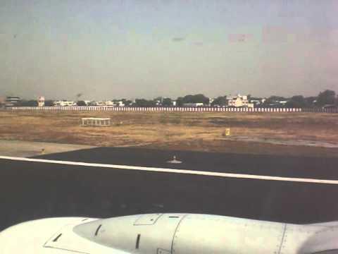 SpiceJet Ruff Landing @ Chennai Airport, India