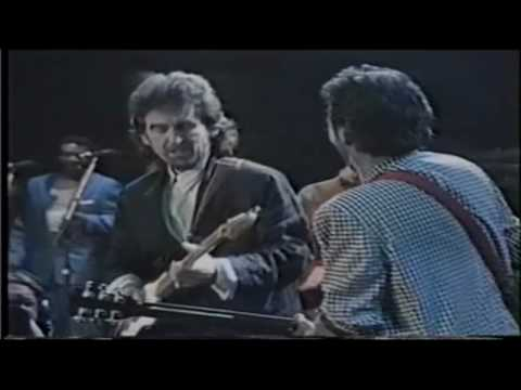 The Beatles - While My Guitar Gently Weeps(HD)