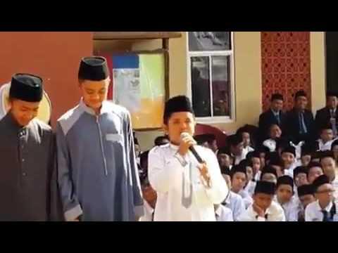 Subhanallah suaranya mirip Taha Al-Junayd surat Al-fatihah