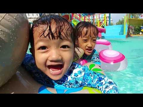 Berenang di Depo Bay Waterpark   Water Slide, Waterboom Anak dan Kolam Ombak