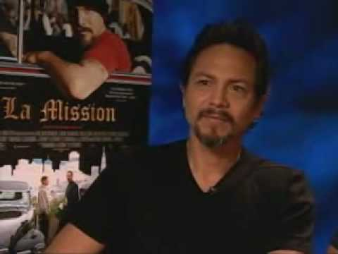 benjamin bratt/Peter Bratt Interview With Ernesto Martinez (Smoochy) For Mega TV Video