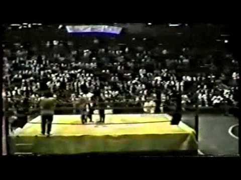 Rafael Cordeiro vs Daniel no desafio Chute Boxe vs Capoeira