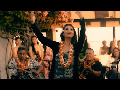 "Hawaiian Music Hula: Weldon Kekauoha ""Queenʻs Jubilee"""