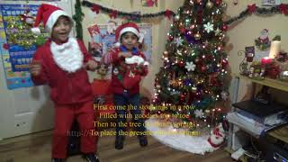 Up on the housetop Super Simple Songs Version Christmas song, Lyrics Kids Funny video
