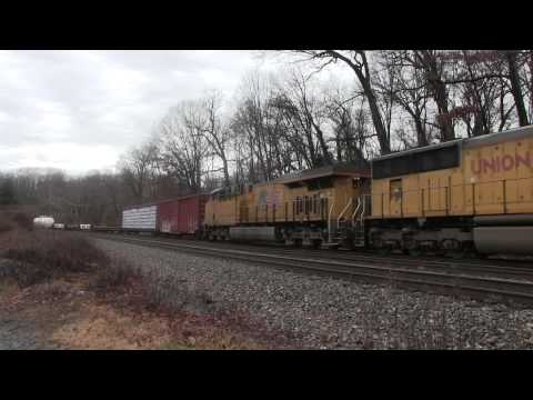HD CSX Q703 with YN2 Leader and Q398 with UP Power at St Dennis MD 12 22 13