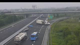 Container đi ngược chiều 'kiểu tự sát' trên cao tốc Hà Nội- Hải Phòng
