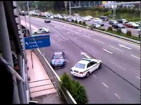 Nissan S13 ramming Mitsubishi Evo X Highway police car