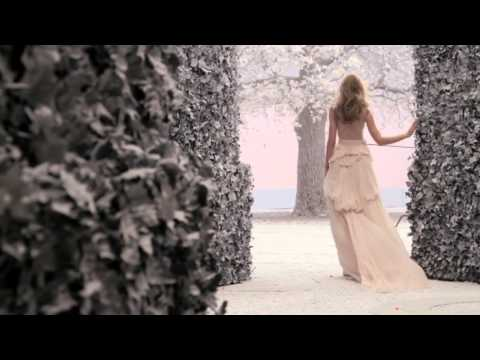 Florrie arnold sunday girl песня из рекламы nina ricci скачать