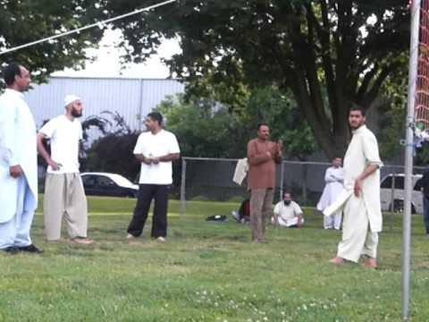 Lodi Pakistani : Lodi Paki Park Bolly ball game