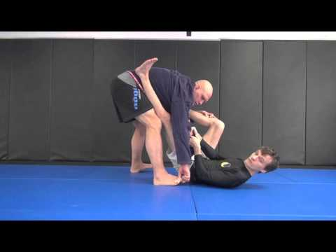 Lapeloplata, Spider Guard on Lapels, & other BJJ Tricks Image 1