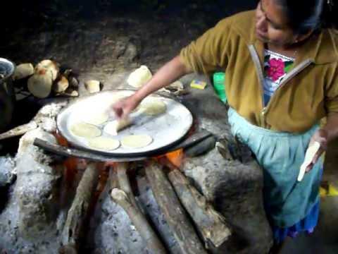 Hacer tortillas a mano parte 2 de 2 youtube - Cocinas hechas a mano ...