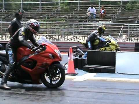 Nitrous Hayabusa vs BMW s1000rr drag racing 2010