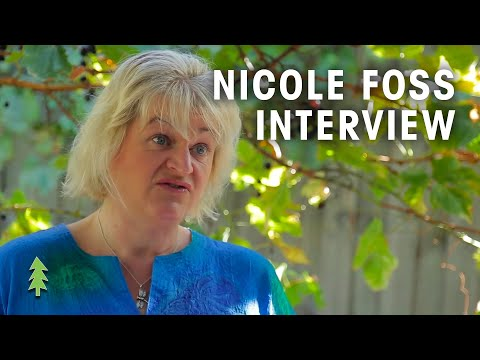 Nicole Foss Interview on Peak Oil, Financial Crisis, Resilience, and More