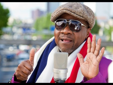 Papa Wemba, Congo music star, dies after stage collapse