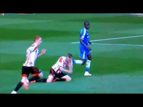 Ramires punches Seb Larsson during their premier league tie on Sat 19th april 2014.