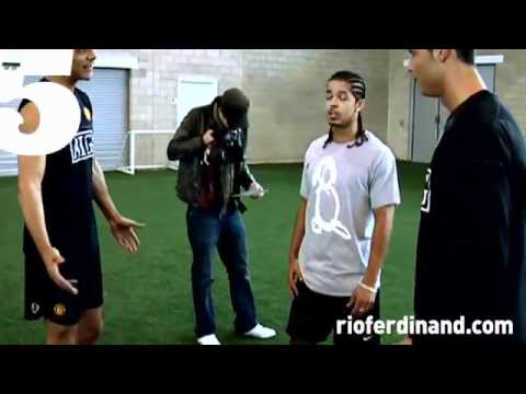 cristiano ronaldo freestyle skills (rio ferdinand #5 magazine) pt 2.flv