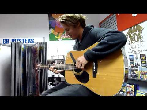 Ben Howard - Old Pine acoustic at Phoenix Sound