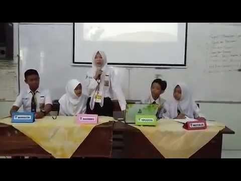 CONTOH DISKUSI Kelompok di Kelas -